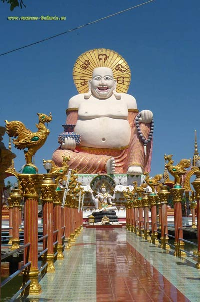photo 17 English beautiful Buddha temples 10 minutes from the rented house on Koh Samui 400