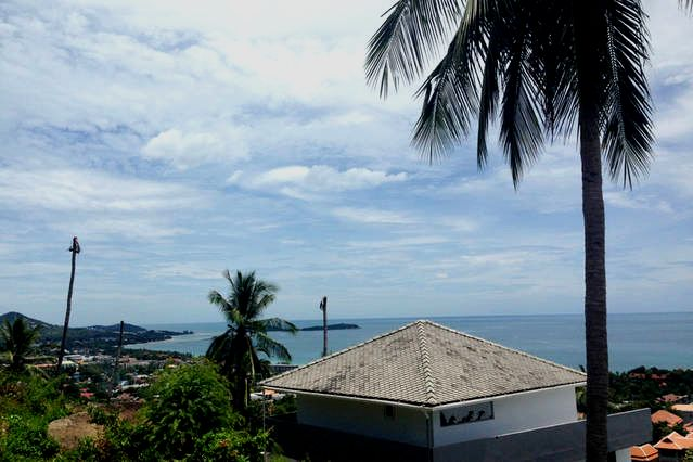 rent studio apartment Dream overlooking Chaweng center and beach